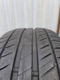 205 55 16 Michelin Prirmacy HP tyre about 7mm