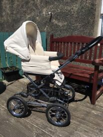 Silver cross special edition sleepover travel system