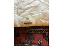 13.5 TOG SINGLE BED DUVET - NEW