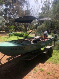 3.7m tinny boat