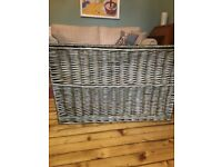 Wicker Ottoman Lovely rustic large wicker willow storage trunk / chest - excellent condition £45