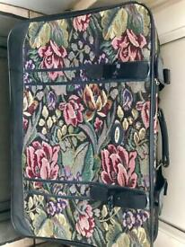 00148064b1 Slazenger Lightweight Trolley Travel Suitcase Black - Large 34 ...