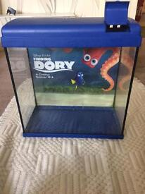 Fish tank finding dory
