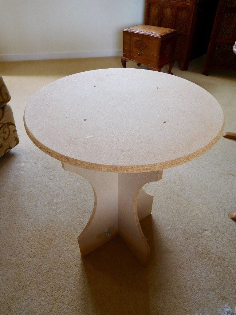 Small Circular Chipboard Display Table With 2 Table Cloths