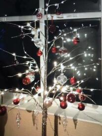 Reduced Twig tree and decorations