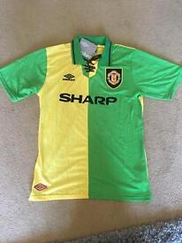 Man U away 92-94 retro shirt