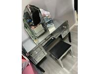 5 Mirrored Dressing Table with Stool & Mirror