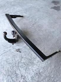 3 Month Old Genuine Skoda Detachable Octavia Towbar For Sale With Plug-In Electric Kit