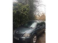 7 Seaters Automatic Petrol 3.3