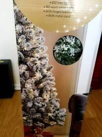 6ft snow flocked pre lit Christmas tree
