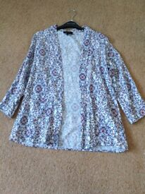 Red white and blue floral cardigan size 8