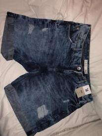 New size 16 acid wash ripped jean shorts