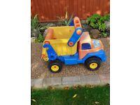 Dumper Truck suitable for garden play