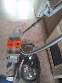Electrolux cylinder cleaner
