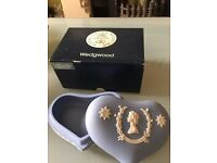 Wedgewood Candy box Heart