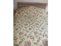 Super King Bedcover/Bedspread