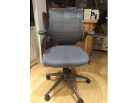 Office Swivel Chair - High quality, designed for good posture
