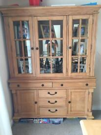 Dining table & chairs , Display cabinet / sideboard