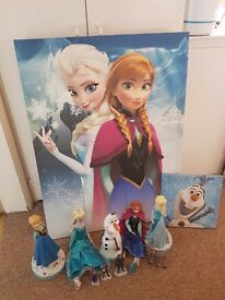 Frozen curtains, canvases, ornaments, clock and dolls