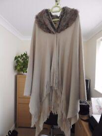 Ladie's Beige Faux Fur Shawl/Wrap
