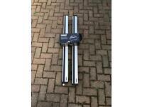 Thule Roof Rack with rapid lock/release system