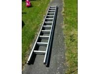 Aluminium double trade ladder