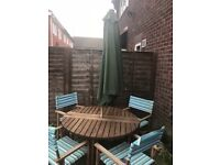 Garden/Outdoor/Patio Table and 6 Chairs with Umbrella.