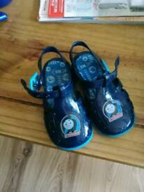 Thomas jelly shoes size 5