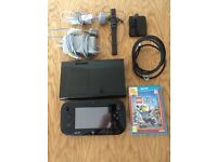 NINTENDO WII U + LEGO CITY UNDERCOVER GAME in EXCELLENT CONDITION