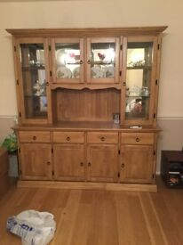 Oak wall unit with display cupboards with glass doorsoak