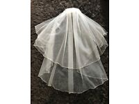 Beautiful 2 Tier Wedding Veil with Pearl and Diamante Edging, never worn