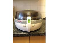 TEFAL AIR FRYER USED NEEDS CLEANING BUT WORKS