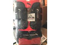 Equine full jump boots