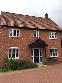 4 bedroom detached Morden house with Underfloor heating to rent