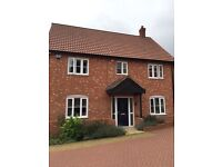 4 bedroom detached Morden house with Underfloor heating to rent