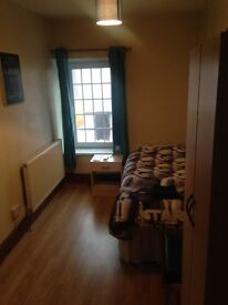 One Lovely Single room to let in Ely (Riverside) Fairwater. All bills included!!!
