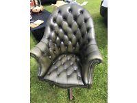 Chesterfield swivel chair