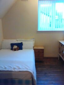 Kirkstall Leeds 5. Room to let