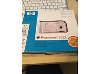 HP Photosmart E327 Digital Camera - 5MP