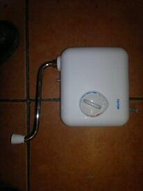 triton t30i 3kw hand wash units