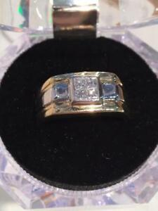#3220 NICE 14K MENS 2 TONE APPROX .60CT PRINCESS CUT ILLUSION DIAMOND BAND SIZE 10