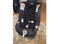 Baby car seat and travel cot