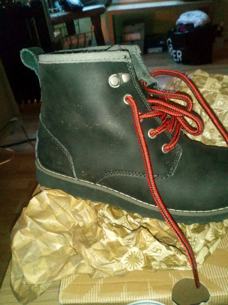 Boys Boots UGG Boots taille 2 2 taille | 0421b9c - vendingmatic.info