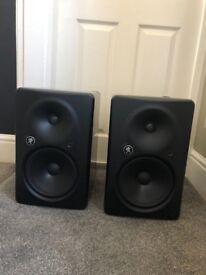 Mackie HR824 MK2 - Studio Monitor Speakers + Stands