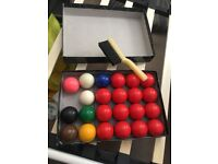 Snooker balls with brush