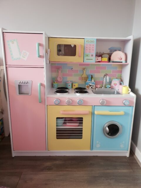 Kidkraft Pastel Costco Girls Kitchen Including Accessories Wooden Kitchen In Maghull Merseyside Gumtree