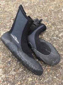 Alder Zipboot Water Boot XL Size 2-3