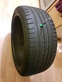 235 40 19 tyre Accelera ZR19 96Y XL