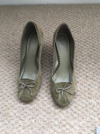 Nice and elegant green Zara shoes, size 37