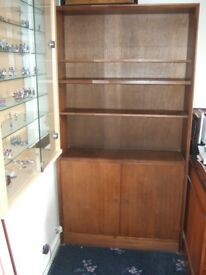 BARGAIN* ONLY £7 !! shabby chic project?..VINTAGE RETRO WOODEN CUPBOARD/BOOK CASE